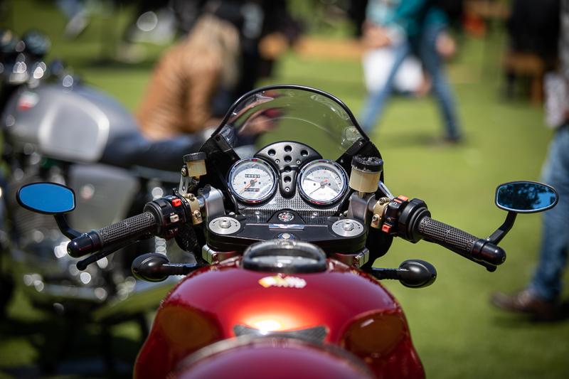 moto-guzzi-rosso-mandello-2000-21.jpg