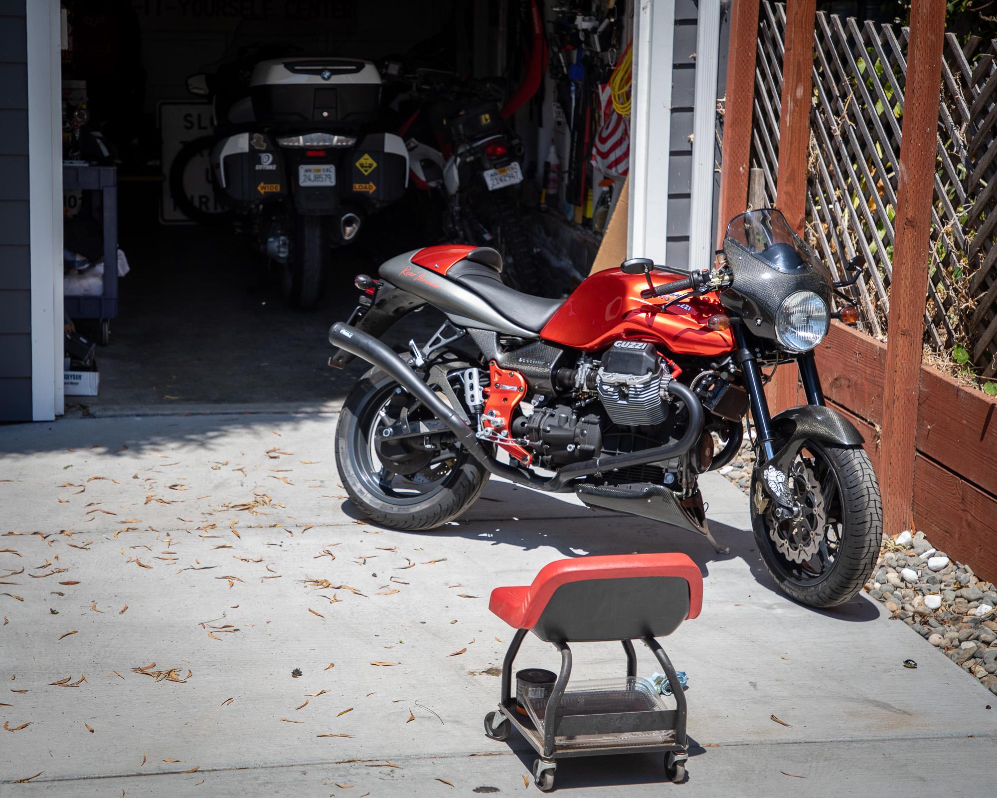 moto-guzzi-rosso-mandello-2000-65.jpg