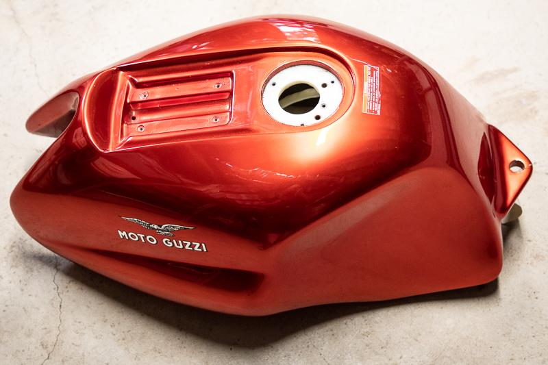 moto-guzzi-rosso-mandello-800-6.jpg