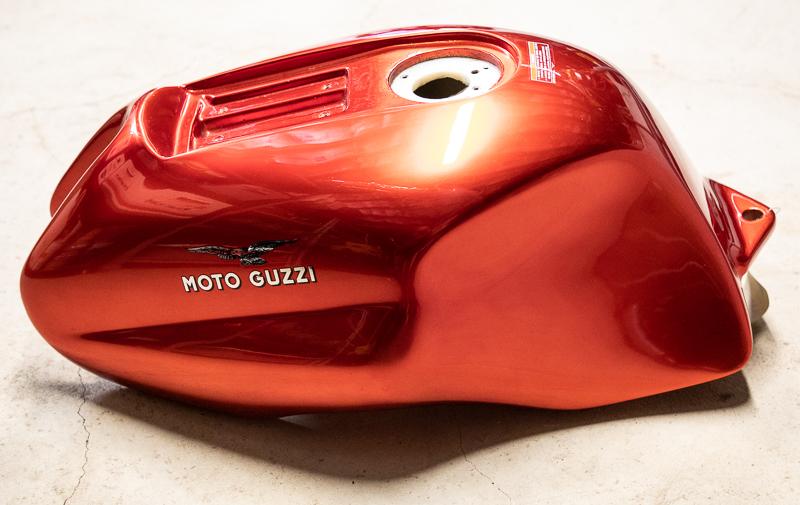 moto-guzzi-rosso-mandello-800-7.jpg
